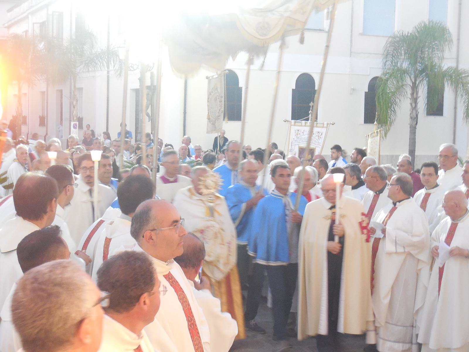 15/6/2017 – Mileto – Festa del Corpus Domini – Infiorata e Processione – Foto di Natalia
