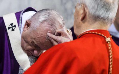 Ceneri. Il Papa: sfiducia, apatia, rassegnazione, i tre demoni che tentano i credenti
